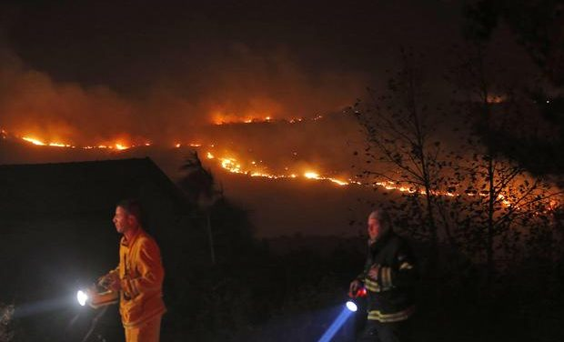 Israeli settlers flee as West Bank wildfires spread