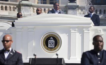 FARRAKHAN SEES A NEW OPENING FOR BLACK SEPARATIST MESSAGE