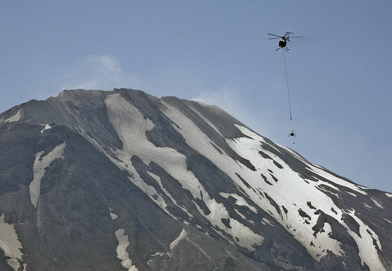 120 small quakes swarm Mount St. Helens – An eruption is inevitable but nobody knows when