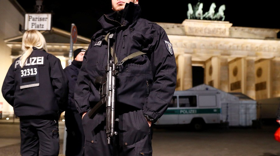 'Islamist terrorist attacks in Germany possible any moment' – German intelligence chief