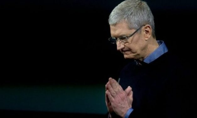"""Apple CEO Says """"Globalization is Great for the World"""""""