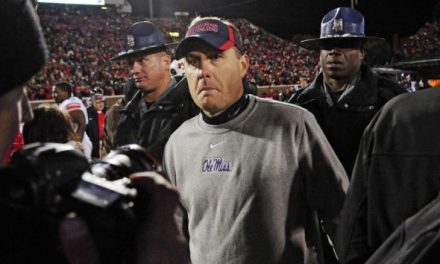 "Atheist Group Claims ""Unconstitutional for College Football Coach to Tweet About God"""