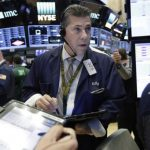 Plunging oil prices and energy companies hit stock indexes