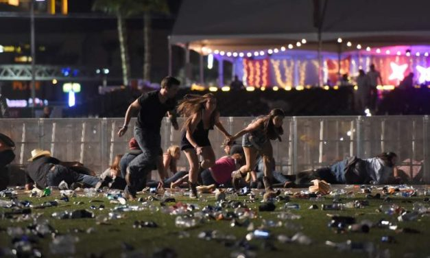 BREAKING: Mandalay Bay Active Shooter in Las Vegas (VIDEO & PHOTOS)