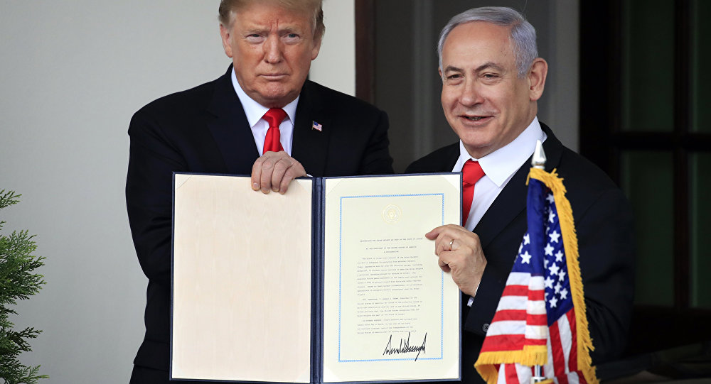 Twitter Ablaze as Trump Gets Praised as 'King of Israel, Second Coming of God'