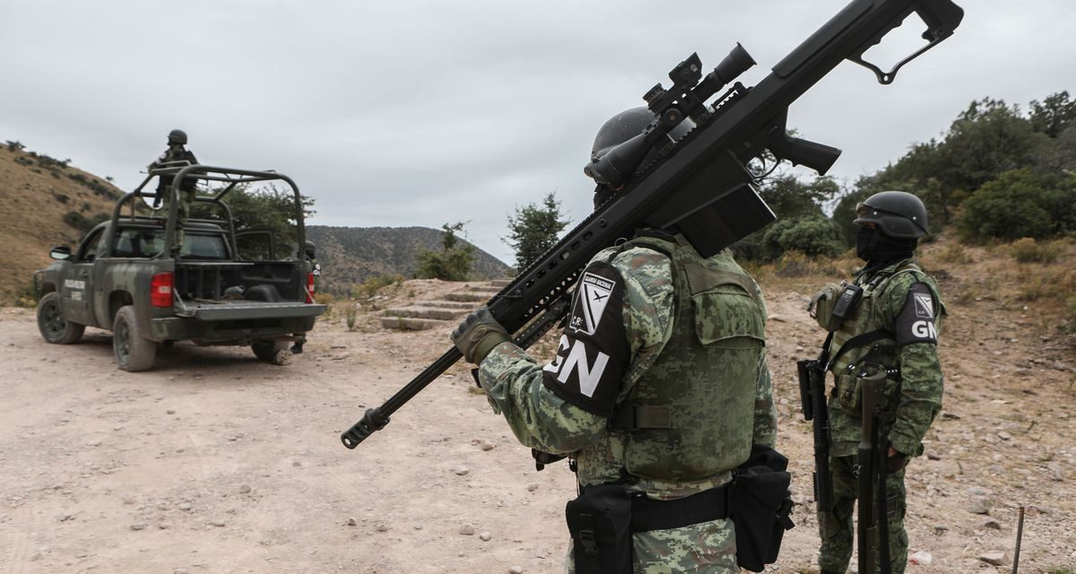 Mexico gunbattle near Texas border between suspected cartel members, police leaves at least 21 dead