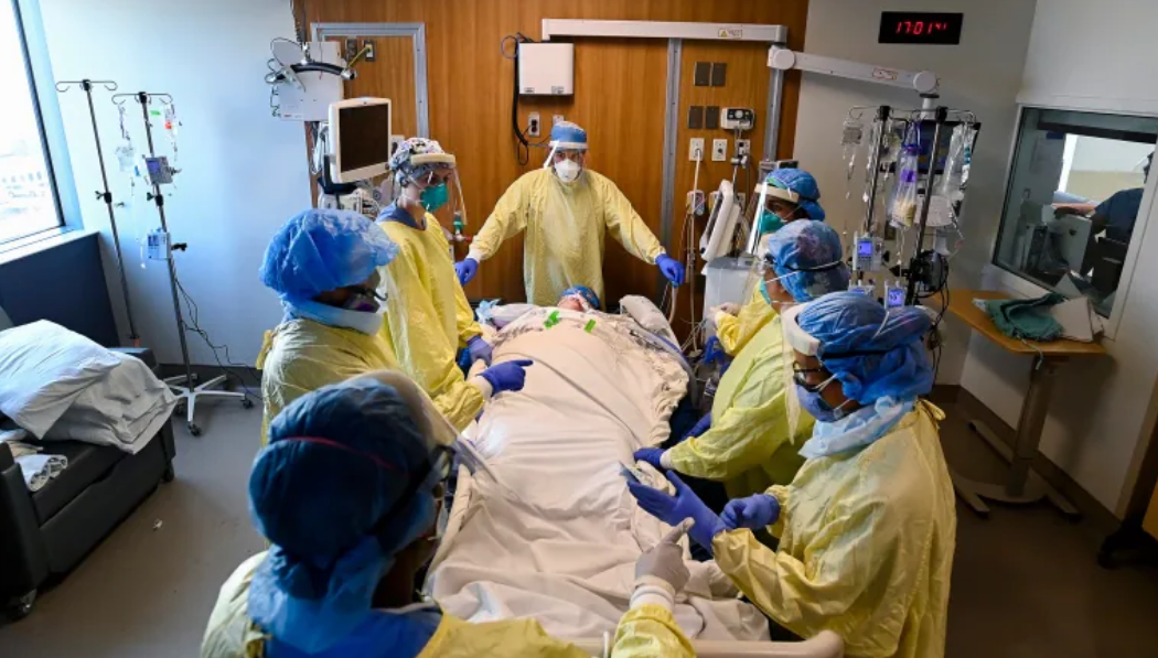 Canadian Armed Forces sending teams to Ontario as COVID-19 cases strain critical care capacity
